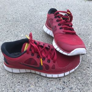 Nike | Livestrong Tennis Shoes Sz 5.5Y